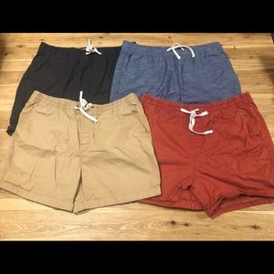 Old Navy men's shorts size L